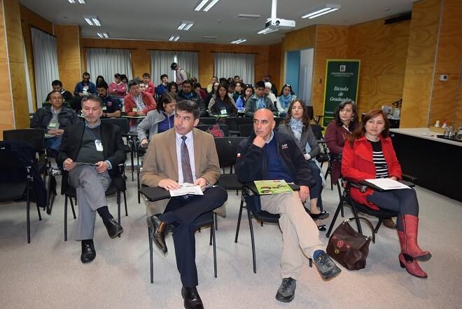 Seminario profundizó en los efectos del cambio climático y riego para la agricultura