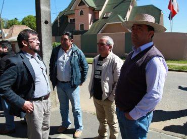 Gobierno apoyado por trabajadores forestales presentan acción legal contra violencia en Cura – Quidico