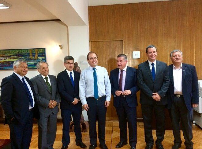 """Senador Harboe y alcaldes de Biobío tras reunión con ministro Undurraga: """"Logramos estudio de prefactibilidad para puente entre Laja y Nacimiento"""""""