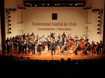 Con soprano Verónica Villarroel adelantan detalles de apertura del Teatro Cervantes en Valdivia