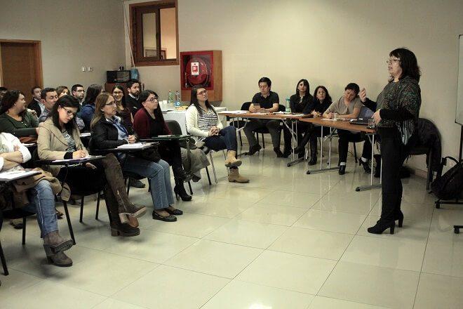 Red asistencial de Chiloé se capacita en buenas prácticas laborales