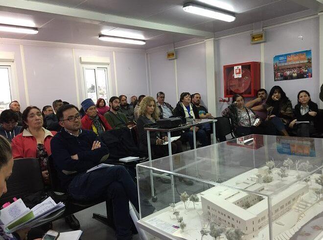 Servicio de salud Chiloé presentó maqueta física del nuevo hospital comunitario a comunidad de Queilen
