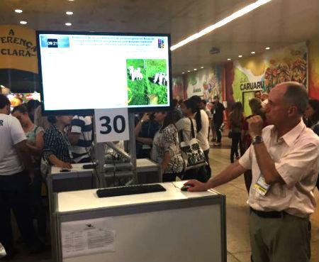 Académicos y estudiantes de la UACh participaron en XXV Congreso ALPA en Brasil