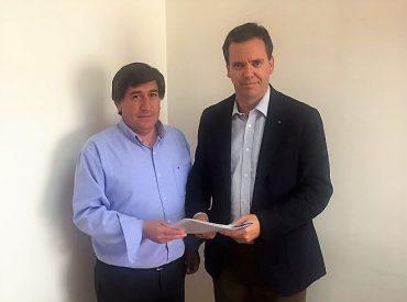 Harboe y nuevo alcalde de Coelemu sellan acuerdo de trabajo conjunto