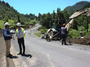 MOP ya completa seis kilómetros asfaltadosen la Ruta Bocatoma-Coñaripe
