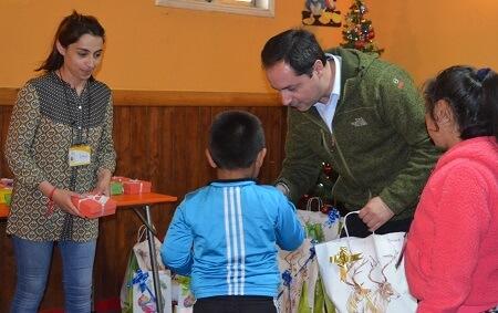 Navidad alegra a niños y niñas del programa abriendo caminos en provincia de Llanquihue