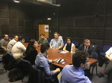 Intendente Montecinos anuncia inicio de prospecciones arqueológicas y sondajes en el río Valdivia para el diseño del puente Los Pelúes