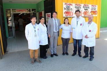 Seremi de Salud Los Ríos reforzó vigilancia en supermercado y hogar de ancianos
