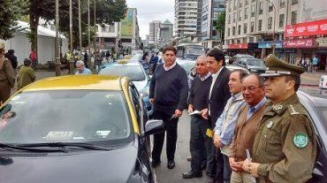 Taxistas básicos se someten a fiscalización voluntaria y anuncian llegada de Hola Taxi al Gran Concepción