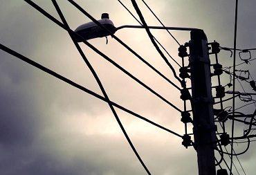 Retiraron más de 5 mil metros de cables en el centro de Valdivia