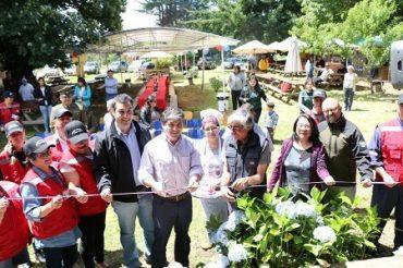 Muestra Costumbrista de Punucapa inaugura con 24 puestos gastronómicos
