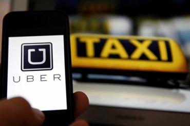 Harboe llama a Uber a exigir antecedentes penales de conductores y registro de pedófilos