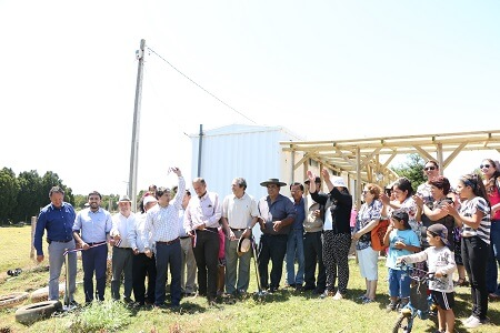 56 vecinos de Los Pellines ya cuentancon electricidad en sus hogares