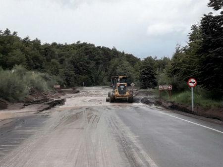 Autoridades mantendrán monitoreada Ruta a Petrohué durante el fin de semana