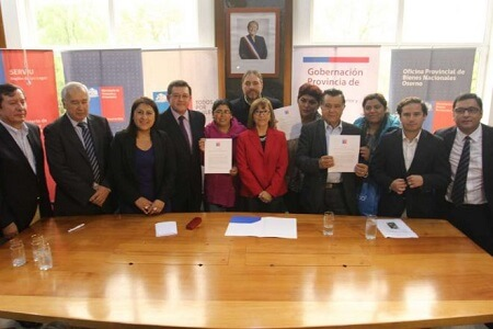 Bienes Nacionales firma acuerdo en Osorno para traspaso de terrenos del Ejército donde se construirán más de mil viviendas