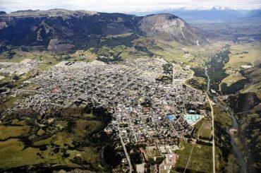 """Proyecto """"¿Qué Respiras?"""" mide la calidad de aire al interior de 40 hogares de Coyhaique"""