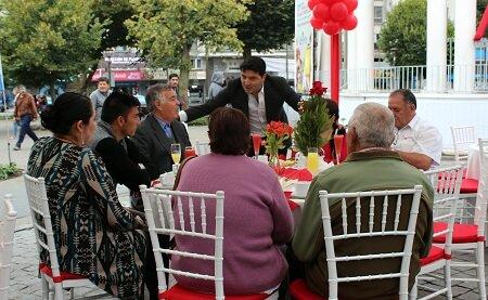 El Día del Amor se tomó la Plaza Independencia en Concepción