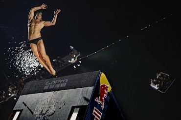 ¡Red Bull Cliff Diving cerrará temporada en Lago Ranco!