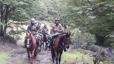 Conaf realiza patrullaje montado en Reserva Magallanes
