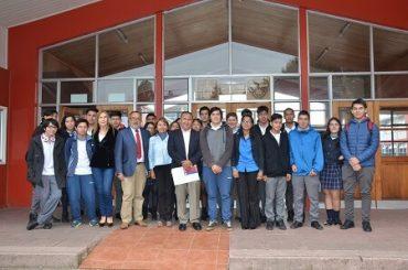 Gobierno entrega más de 8 mil millones de pesos para fortalecer la Educación Pública en la región de Los Ríos