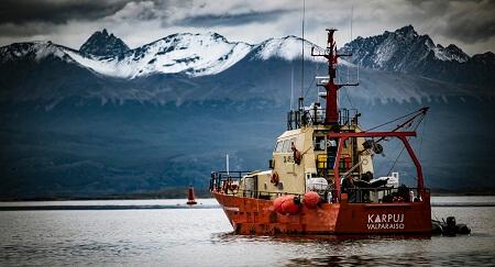 En inédito despliegue marítimo, el INACH cumplió tareas científicas en aguas antárticas y subantárticas