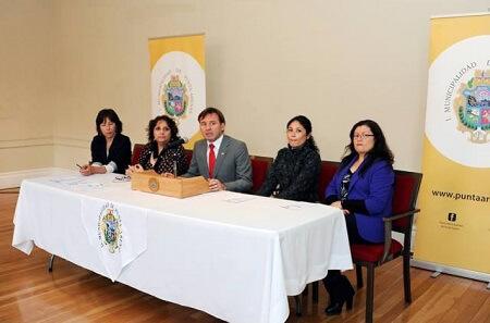 """Municipio de Punta Arenas lanza concurso literario """"Una mujer, una historia"""""""