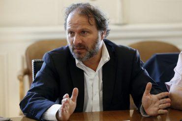 """Senador De Urresti sobre fin de plantas de carbón: """"Nuestra matriz energética debe ser limpia y sostenible"""""""