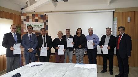 Empresa Masisa y sus cinco sindicatos firman primer acuerdo de servicios mínimos y equipos de emergencia de la Región del Biobío