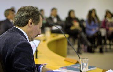 """Gustavo Villarroel, consejero regional de Coyhaique: """"Seguimos consolidando los aportes para todosquienes requieren un apoyo social en la región"""""""