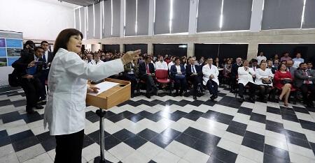 """Ministra Carmen Castillo: """"Hacemos esfuerzos históricos para fortalecer la Salud Pública en la región"""""""