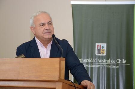 Director del CEDERE de la UACh asistirá a importante reunión de Olimpismo en Grecia