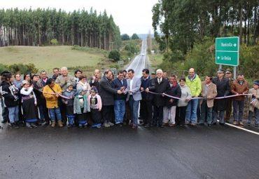 Autoridades regionales y vecinos inauguraron asfaltado de Ruta Trumao-Las Trancas en La Unión