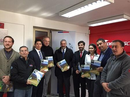 Actores turísticos de la región destacan internacionalización de revista Rumbo Aysen