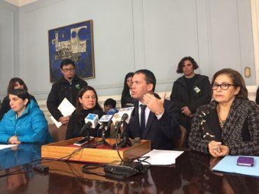 Senador Felipe Harboe junto a senadora Muñoz y diputada Rubilar denuncian vulneraciones a los DDHH en rubro de Call Center