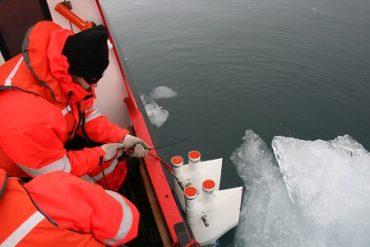 Científicos relatarán su última expedición a la Antártica para celebrar mes del mar
