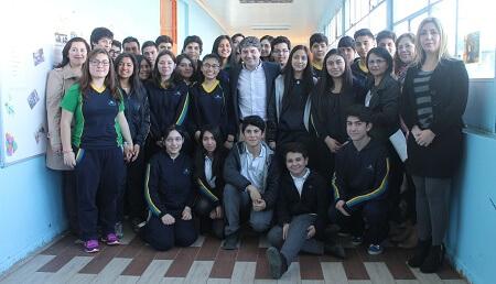Colegios municipalizados de Valdivia continúan subiendo puntajes en pruebas Simce