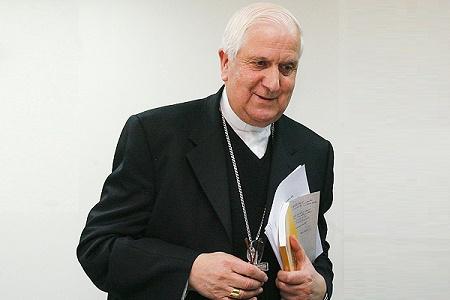 """Obispo de Rancagua presentará el libro """"Testigo 1973"""" escrito por el sacerdote Hernán Enríquez Rosas"""