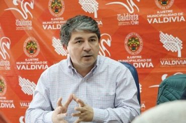 Municipio de Valdivia entrega galardón oficial aInstituto Salesiano