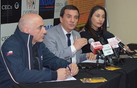 Autoridades realizaron el lanzamiento de la Expo-Tejidos 2017 en Valdivia