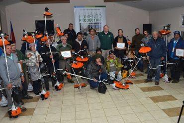 Municipio de Temuco entregó maquinaria a 26 pequeños emprendedores de la comuna