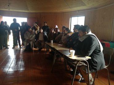 Comunidades indígenas de Lebu y Los Álamos se reunieron con autoridades para avanzar en demanda de tierras