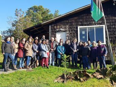Equipos de Salud se capacitan sobre derechos humanos del pueblo originario para implementar plan piloto que busca mejorar variable estadística de esta población en Chiloé