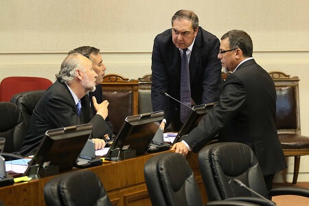 Senador Bianchi instó al Gobierno a dar respuesta positiva al proyecto de acuerdo para rebajar tarifa a adultos mayores en transporte público de pasajeros en Magallanes