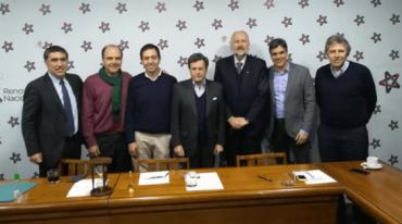 Alvaro Vargas presenta plan de trabajo a mesa Directiva RN y avanza a paso firme en su candidatura a diputado