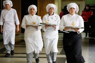 Estudiantes de Hualpén se lucieron en concurso gastronómico «Huiliches», antesala de Chef Sur