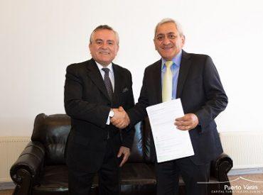 Alcalde Ramón Bahamonde recibió visita protocolar del alcalde de Rinconada de Los Andes para firma de convenio de transferencia