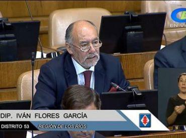 """Diputado Flores por su proyecto de rebaja en pasajes de Adultos Mayores: """"Los adultos mayores no pueden seguir esperando una rebaja de pasajes en transporte. Pedimos una respuesta clara"""""""