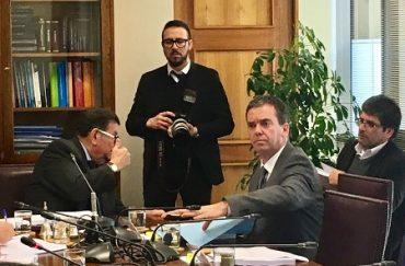 Harboe pide apoyo a propuesta de órgano autónomo para analizar asignación de nuevas competencias a gobiernos regionales