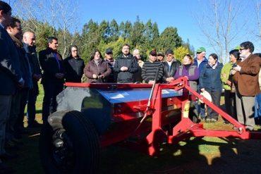 Comunidad mapuche de Hueima logra máquina encaladora para mejorar sus labores agrícolas