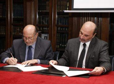 SAG entrega parte de los archivos de la Reforma Agraria a la DIBAM